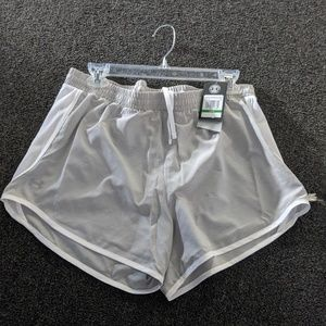Under Armour Women's Fly By Shorts Large